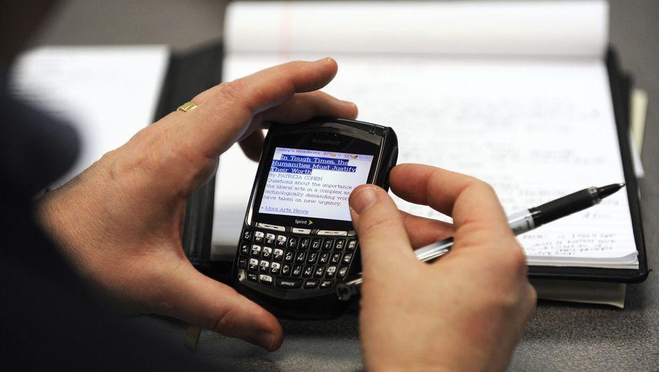 Blackberry-Nutzer: Universelle Erreichbarkeit belastet Arbeitnehmer
