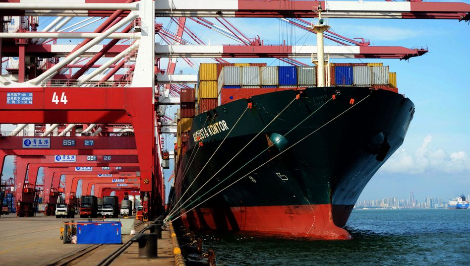 Containerterminal im ostchinesischen Quingdao