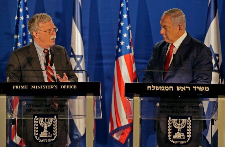 John Bolton und Benjamin Netanyahu