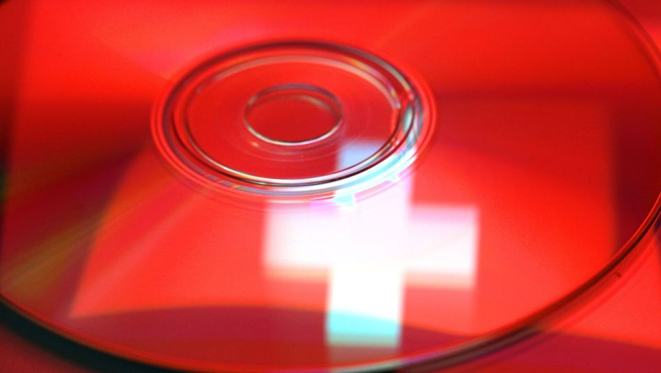 """Spiegelung der Schweizer Fahne in einer CD: Dateien mit """"besonderer Qualität"""""""