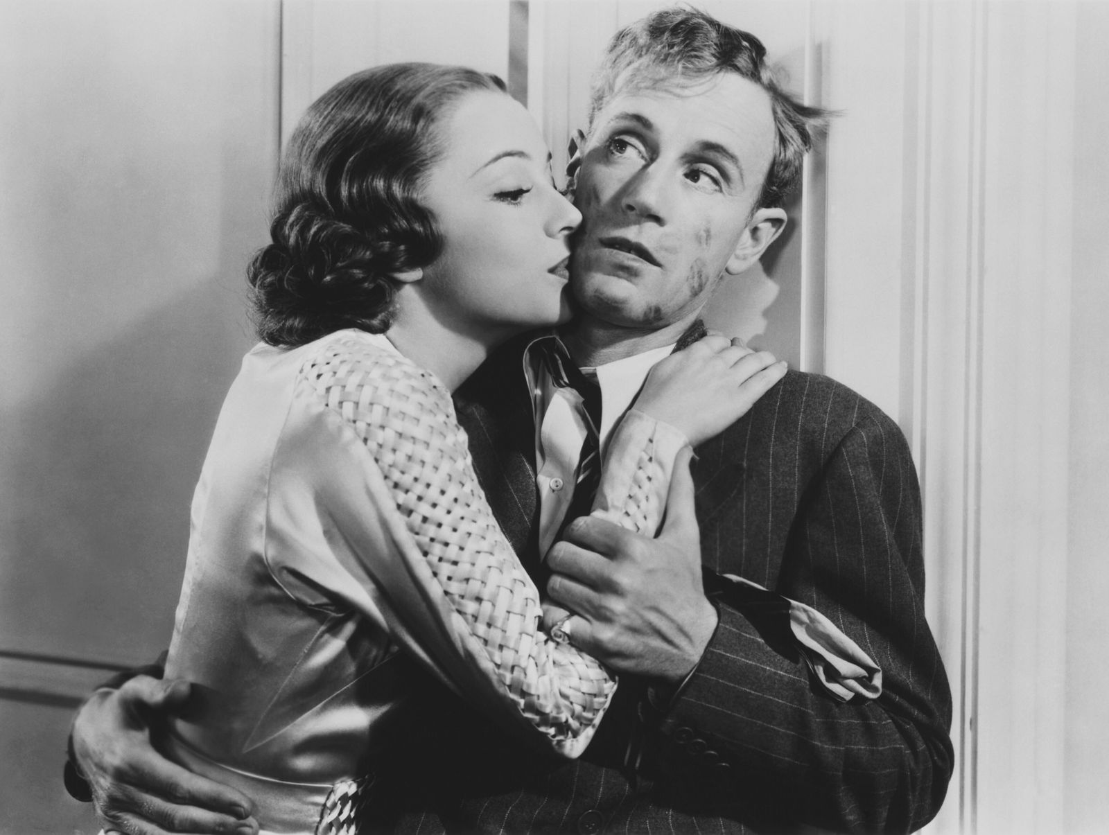 IT'S LOVE I'M AFTER, Olivia De Havilland, Leslie Howard, 1937