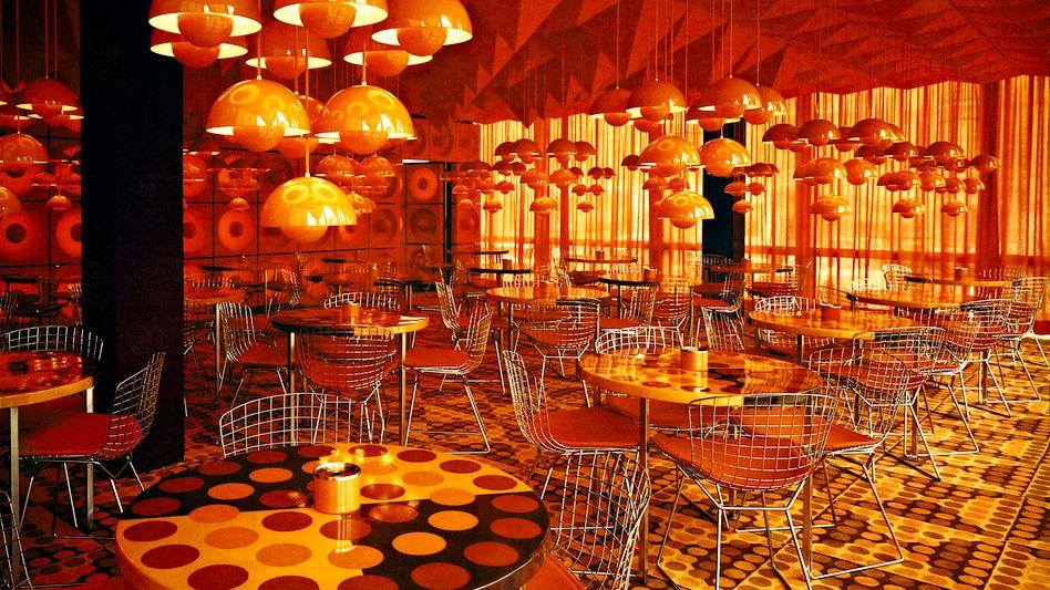 SPIEGEL-Kantine: Kunstwerk orange