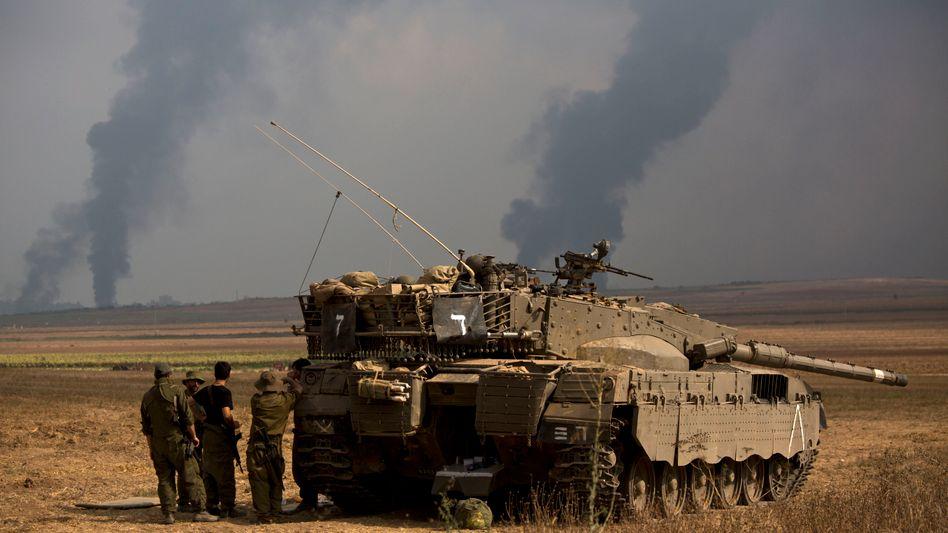 """Israelische Soldaten nahe des Gazastreifens: """"Ultimative strategische Waffe"""" der Hamas"""