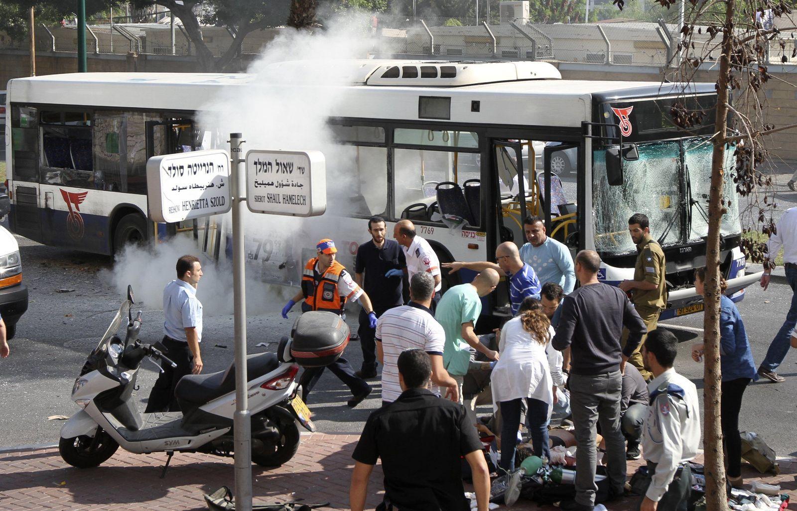 Tel Aviv/ Bus Explosion