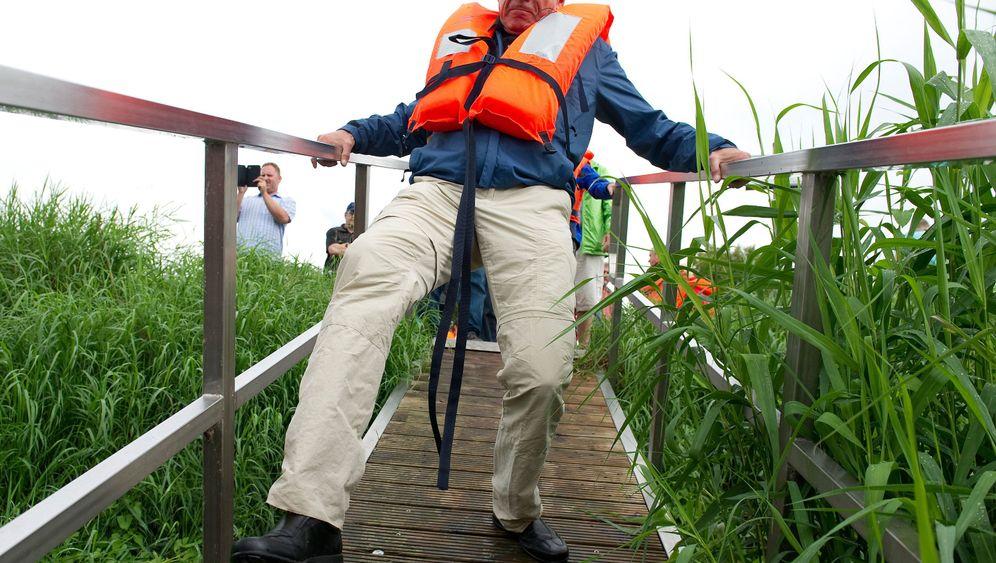 Ende einer Bootsfahrt: Grüner Spitzenkandidat in Seenot