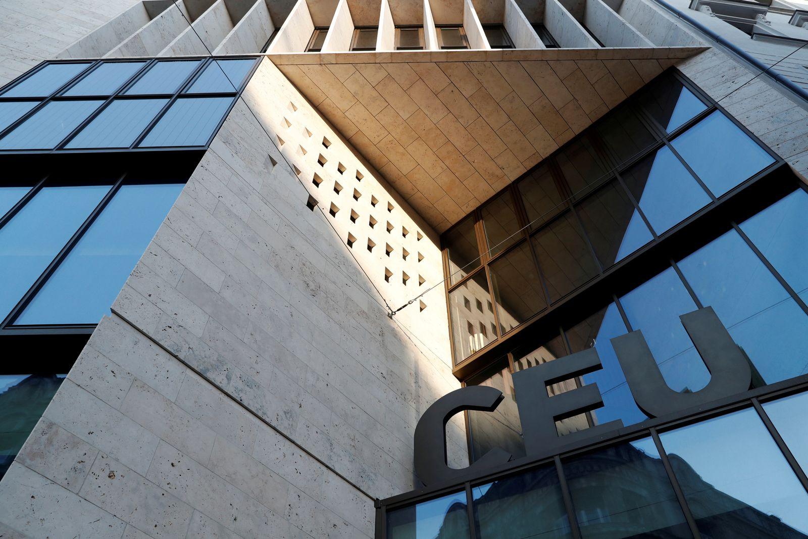 Soros Universität Ungarn