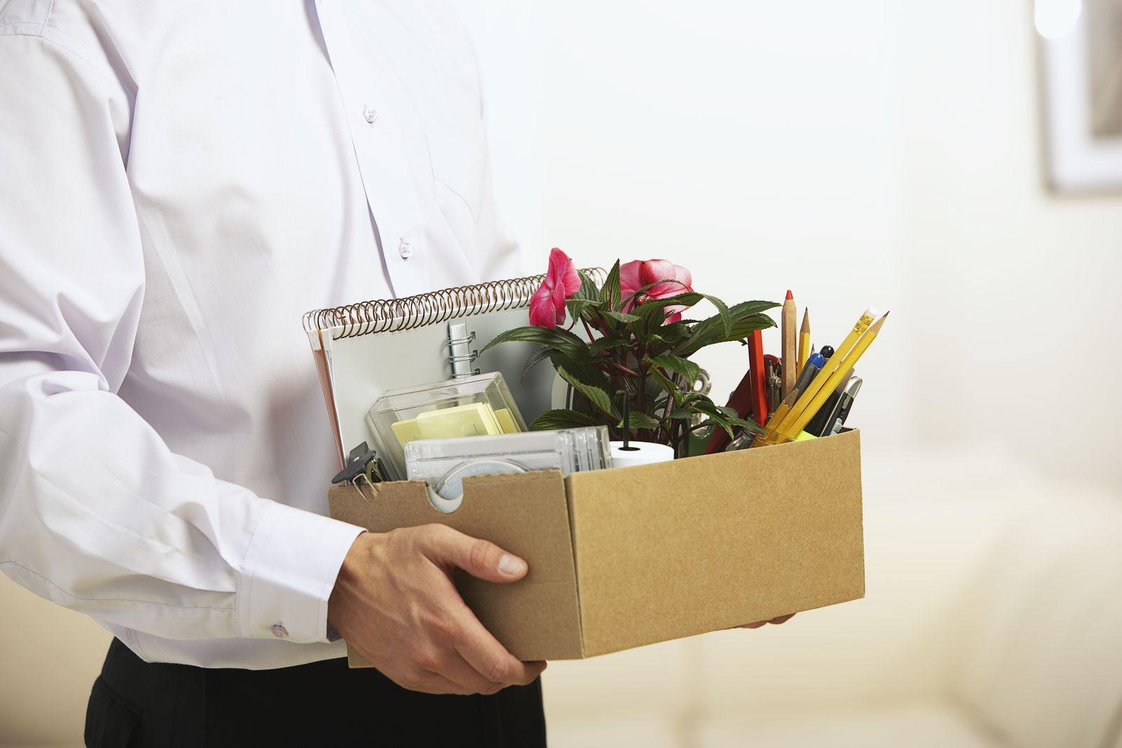 NICHT MEHR VERWENDEN! - Mitarbeiter / Karton / Schachtel / Kündigung / Umzug