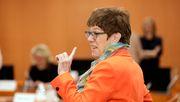 Kramp-Karrenbauer kritisiert Wahl von Borchardt zur Verfassungsrichterin