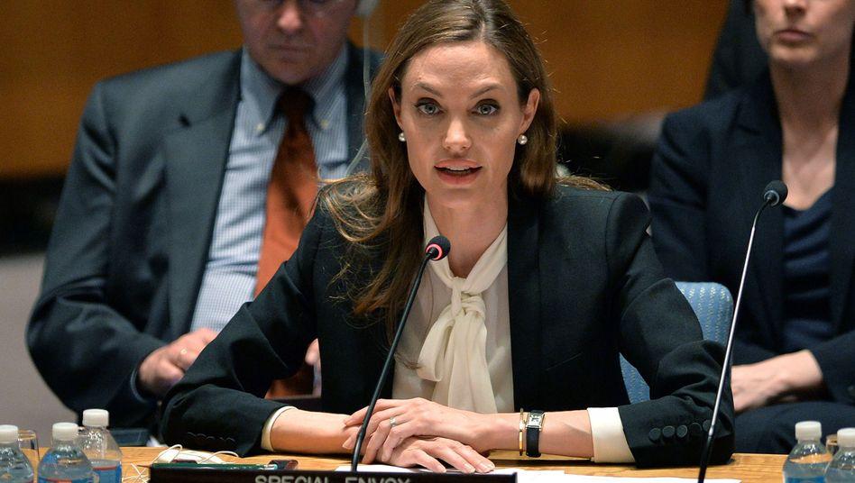 Angelina Jolie ist begehrt. Manche sind sogar scharf auf ihre Unterschrift