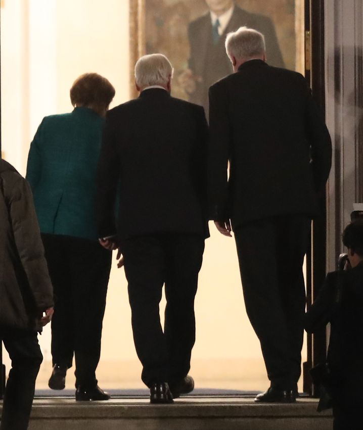 Von links: Merkel, Steinmeier, Seehofer