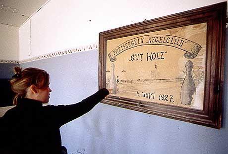 """Der Kegelclub Kolmanskuppe wünscht """"Gut Holz"""""""