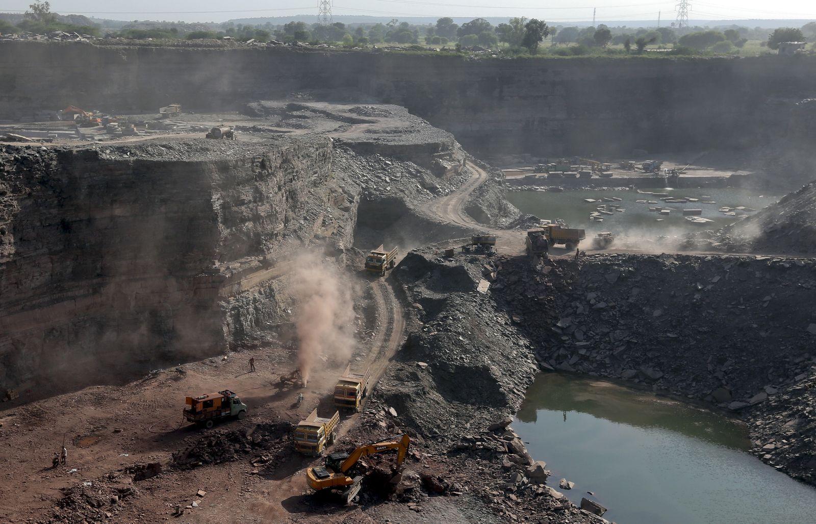 EINMALIGE VERWENDUNG SPIEGEL Plus SPIEGEL 1/2018 S. 58 Bergbau Indien Mini Rajastan