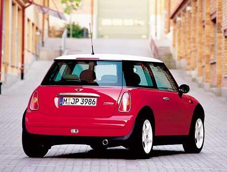 Ausgewachsen: Der neue Mini ist rund einen halben Meter länger als der Vorgänger