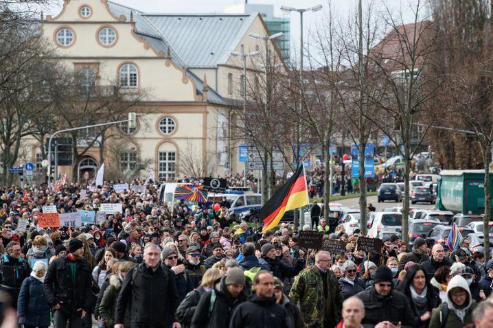 »Querdenker«-Demo in Kassel im März 2021