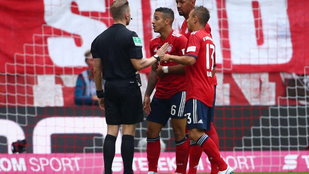 Bayerns Sieg gegen Leverkusen: Ärger über einen bösen Tritt