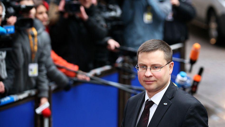 EU-Kommissar Dombrovskis: Sanktionen drohen vorerst nicht