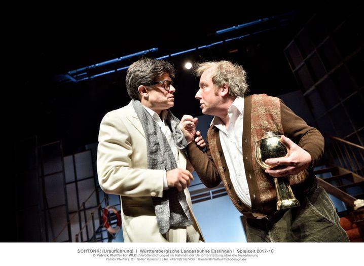 Oliver Moumouris und Martin Theuer in der Esslinger Schtonk-Inszenierung