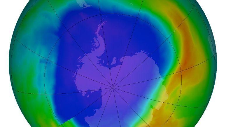 Ozonloch über der Antarktis (September 2013): Hat das Montreal-Protokoll die Erderwärmung gebremst?