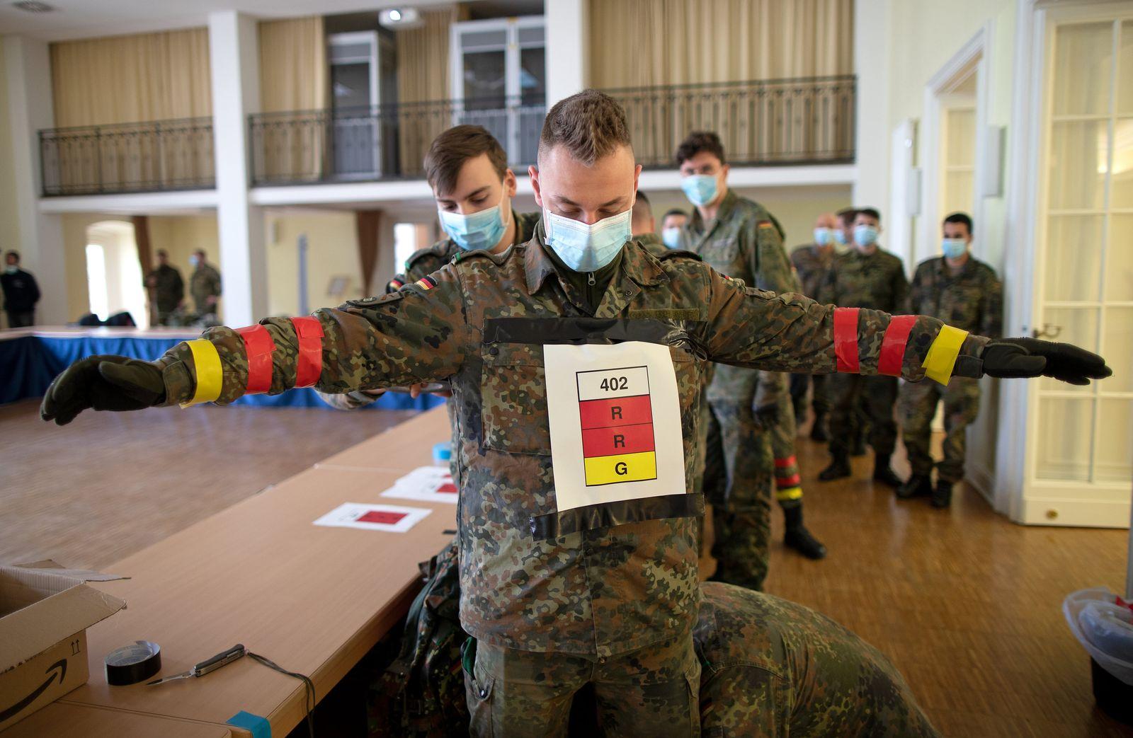 Soldaten testen Handy-Tracking-Verfahren