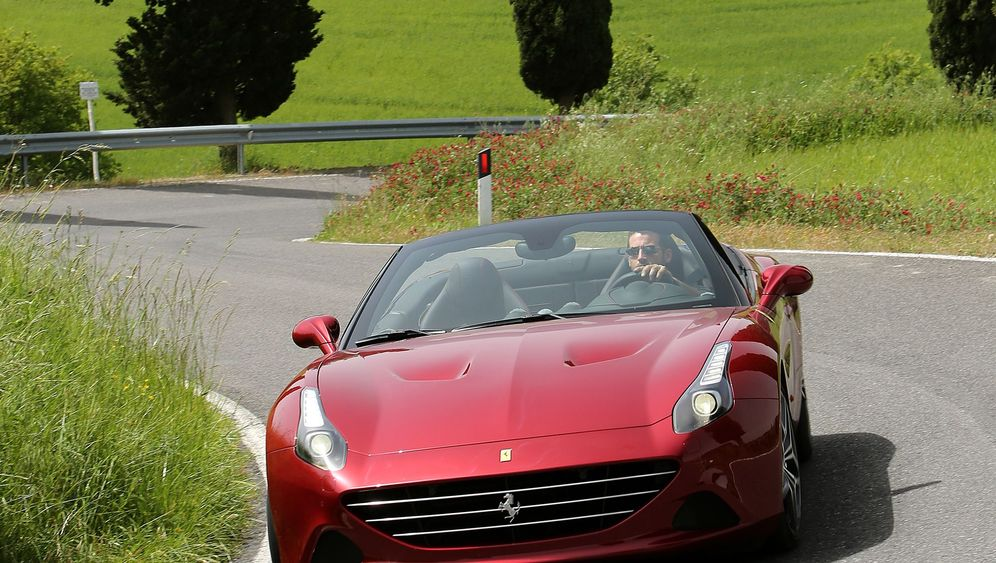 Ferrari California T Sportliches Cabriolet Aus Italien Mit Turbomotor Der Spiegel