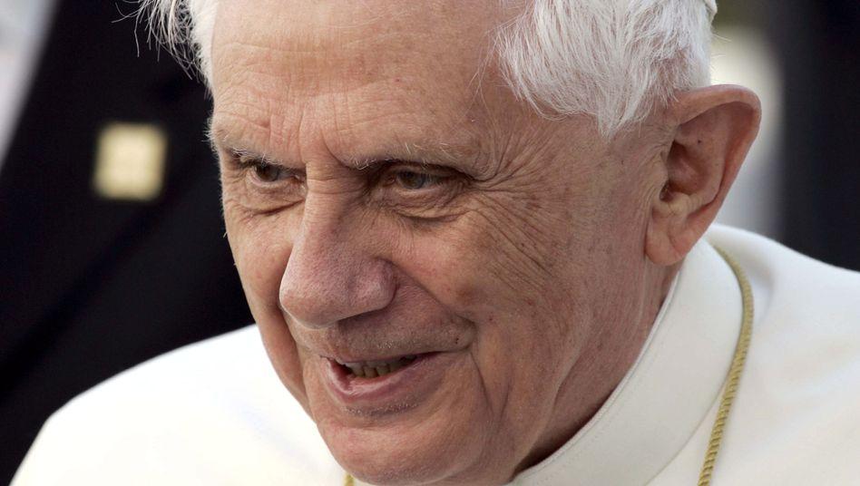 Papst Benedikt XVI.: Es ist weiter offen, welche Rolle er bei der Affäre um Peter H. spielte