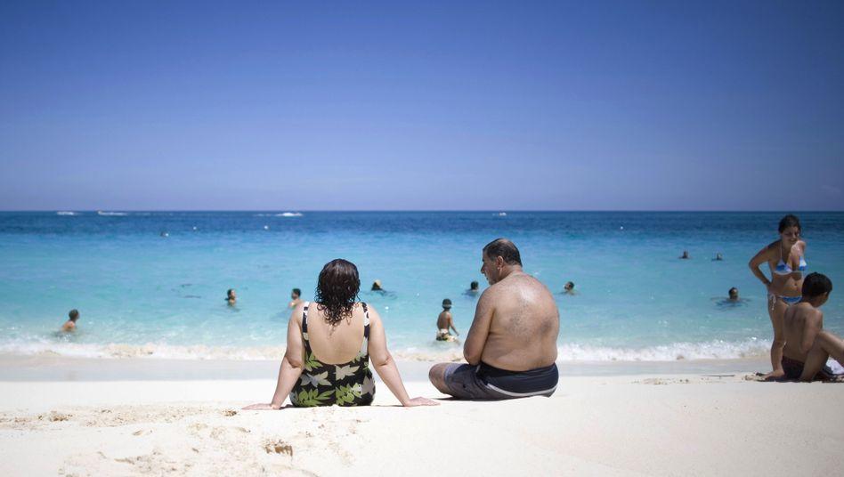 Strand auf den Bahamas: NSA zieht sich sämtliche Mobilfunkgespräche