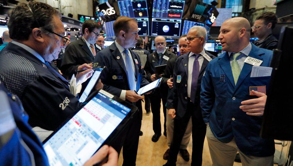 Händler an der Wall Street (Archivbild): Die Aktienmärkte leiden unter Konjunktursorgen
