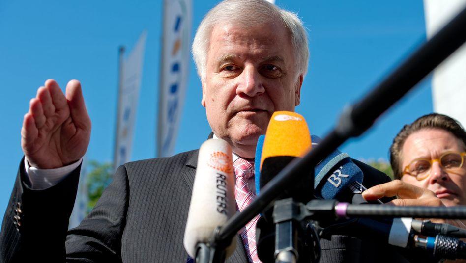 """Parteichef Seehofer: """"Inakzeptabel in einer Koalition"""""""