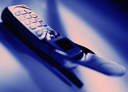 """Das Ding heißt """"Mote"""" oder """"Funke"""", Abkürzungen für """"Mobiltelefon"""" und """"Funktelefon"""""""