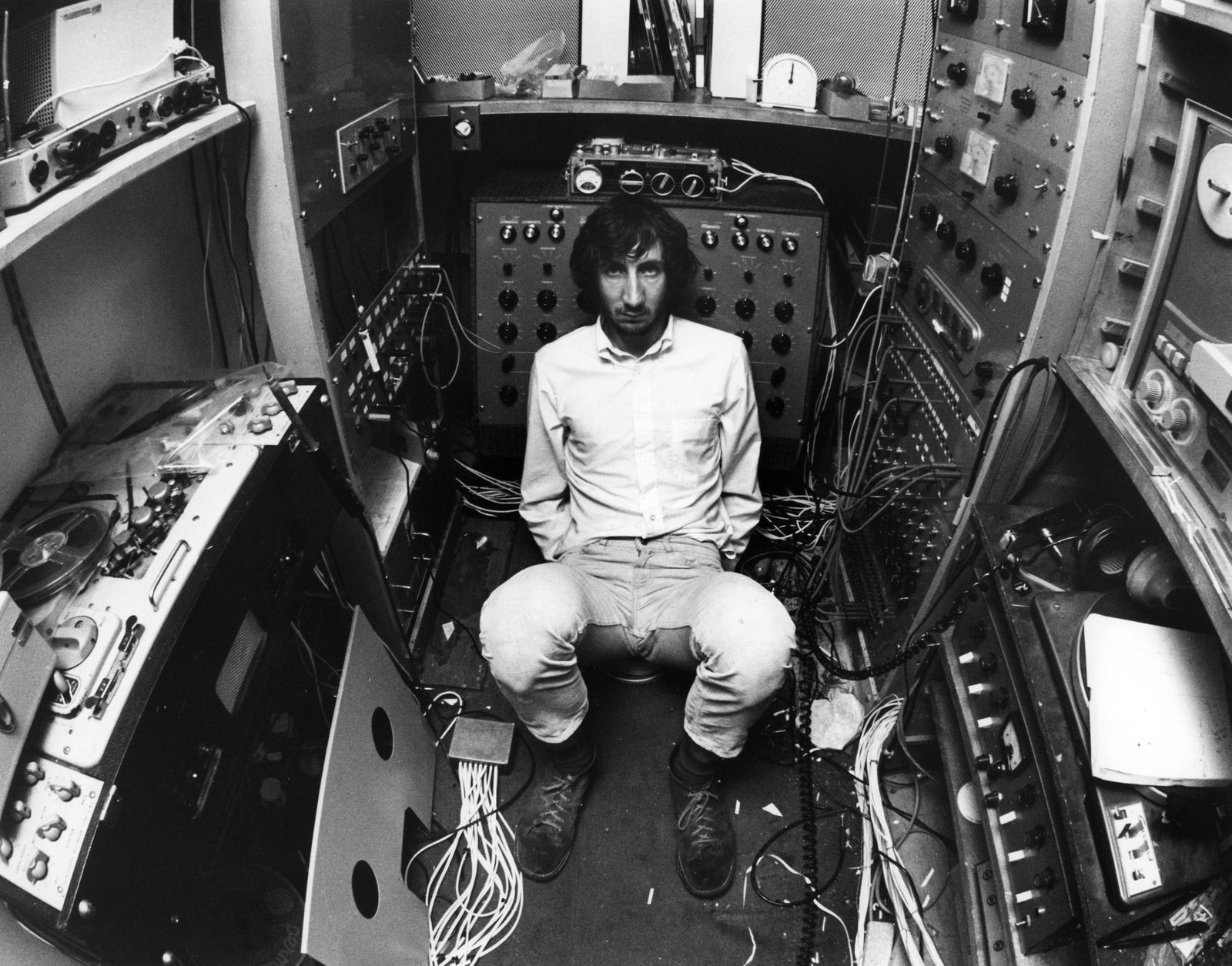 Pete Townshend - Photo of Pete TOWNSHEND and WHO