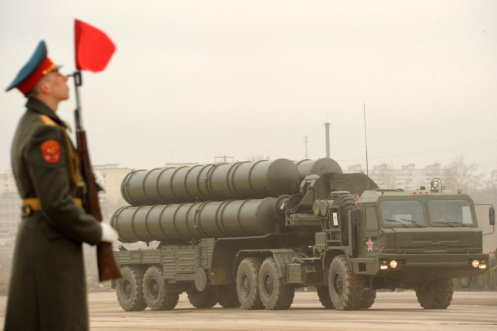 Russland/ Russisches S-300 Raketensystem