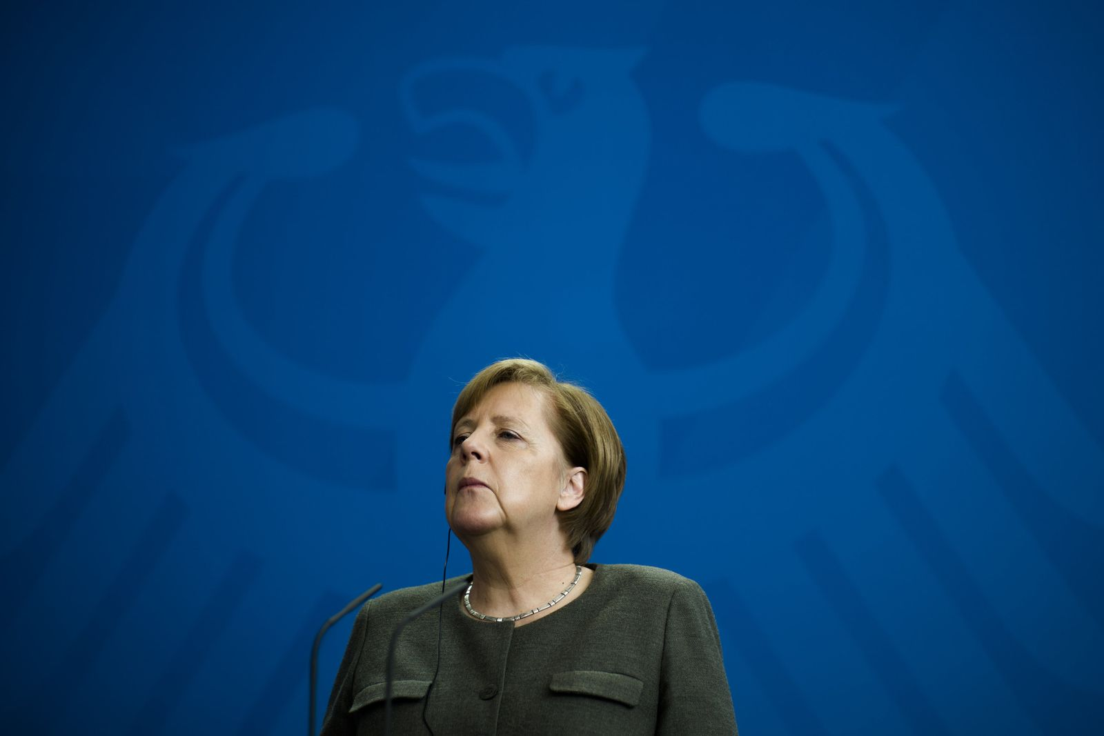 Angela Merkel/ Adler