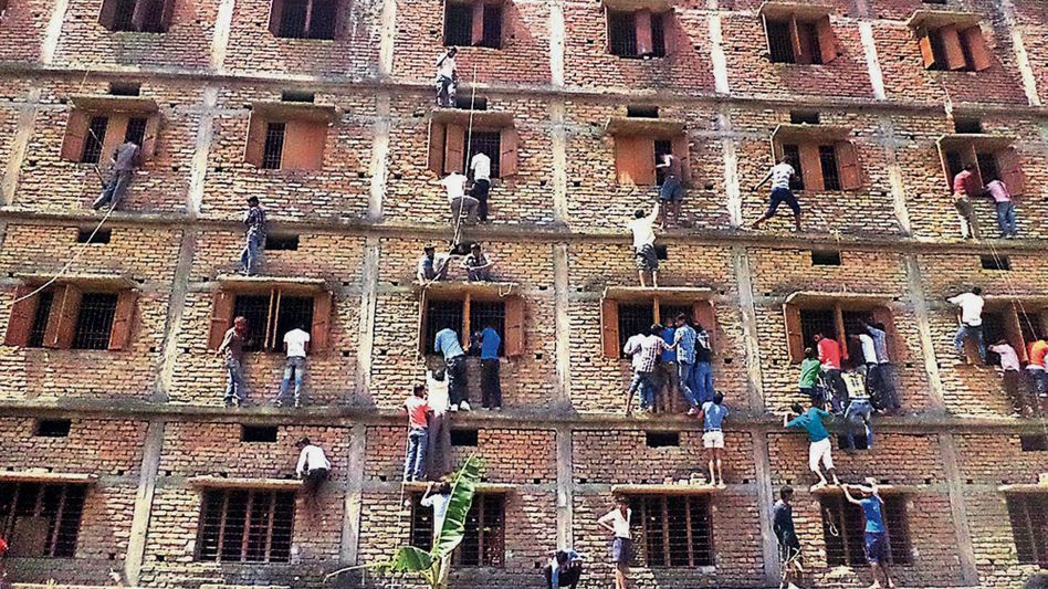 Nach Prüfungsbetrug: Indische Behörden werfen 600 Schüler raus