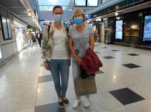 """Carolin und Irene Gemein aus Bad Neuenahr-Ahrweiler: """"Hauptsache Sonne und Strand"""""""