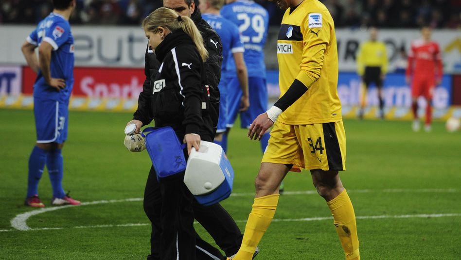 Torhüter Gomes: Verletzung im Spiel gegen Düsseldorf