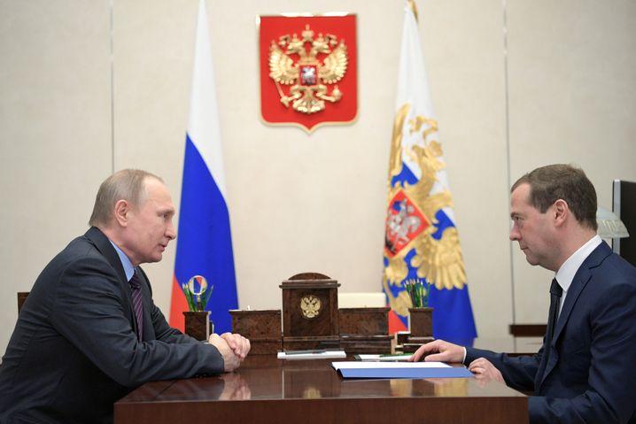 Wladimir Putin, Dmitrij Medwedew