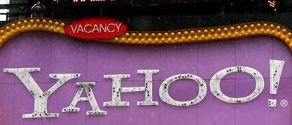 Eine Plakattafel mit Yahoo-Logo: Übernahmekampf geht in die nächste Runde