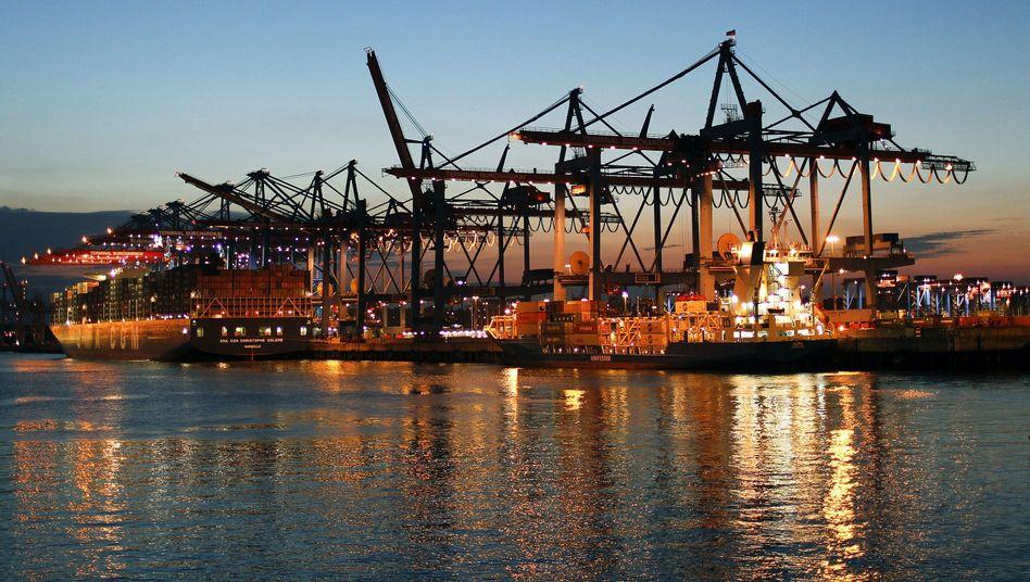 Containerfrachter im Hamburger Hafen: Deutsche Produkte sind gefragt