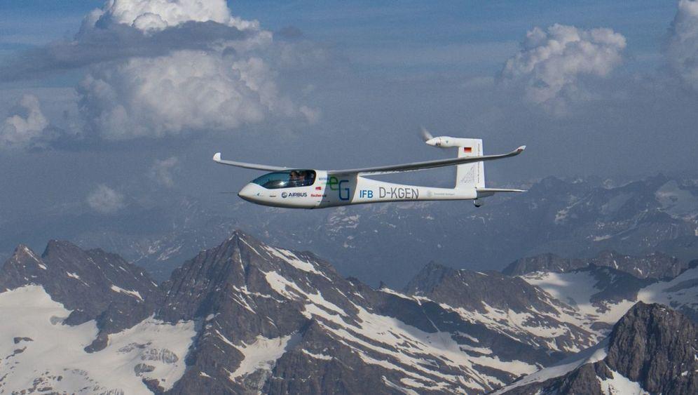 Premiere: Mit Batterieenergie über die Alpen