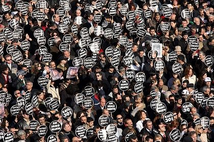 "Dink's funeral procession in Istanbul Jan. 23, 2007: ""We are all Armenians."""