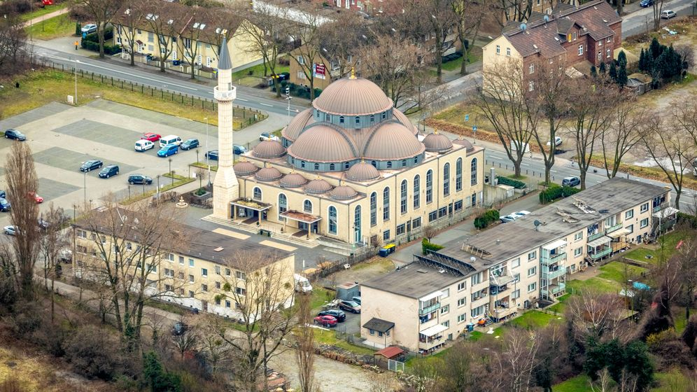 Photo Gallery: Germany's Changing Face and Myriad Problems