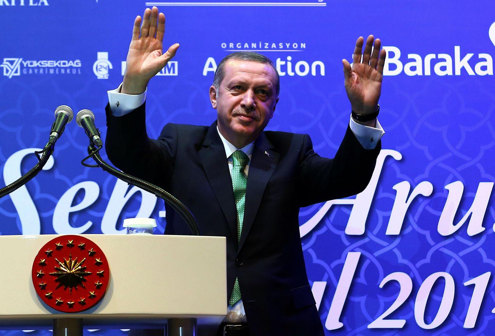 türkei erdogan hände hoch