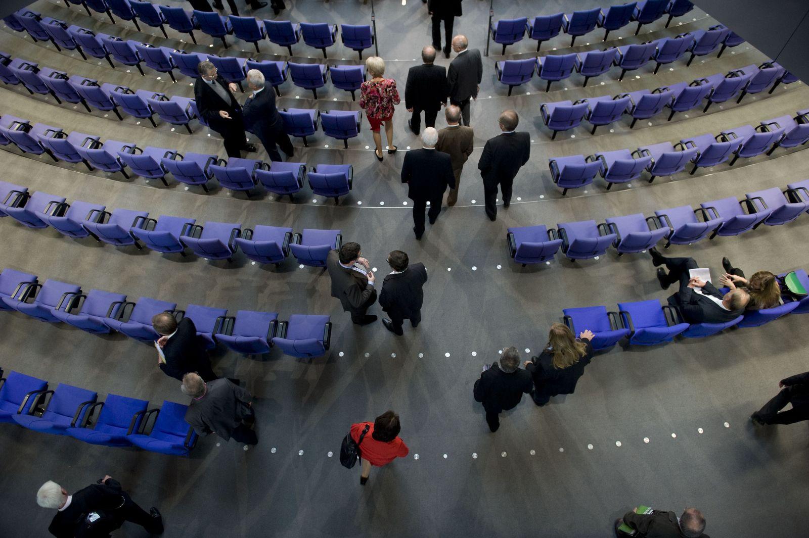 EINMALIGE VERWENDUNG Bundestag Plenum