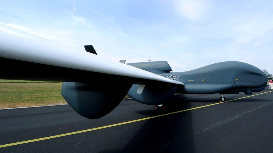 """Ein Model der Drohne """"Euro Hawk"""""""