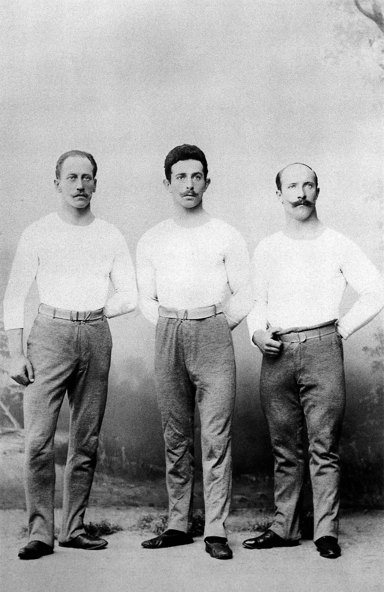 Olympische Spiele Athen 1896: Die deutschen Olympiasieger der Turndisziplinen v.li.: Hermann Weingärtner, Alfred Flatow