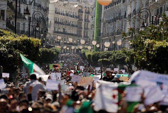 Demonstration in Algier am 1. März
