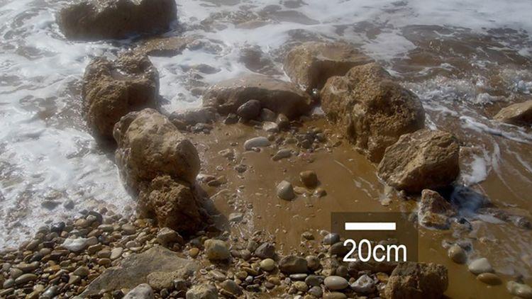 Stürme legen die 7000 Jahre alten Mauerreste im heutigen Israel immer wieder frei