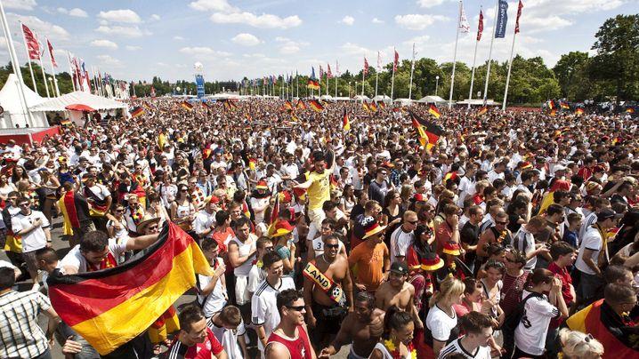 Fan-Reaktionen: Serbische Sause, deprimierte Deutsche