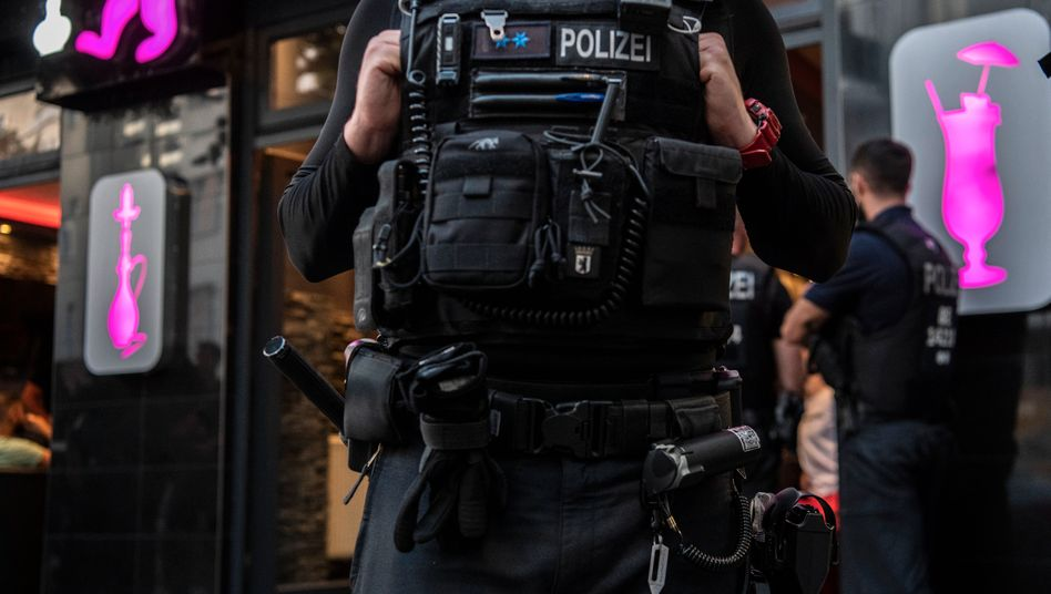 Kampf gegen Clankriminalität: Kontrollaktion in Neukölln(Archiv)