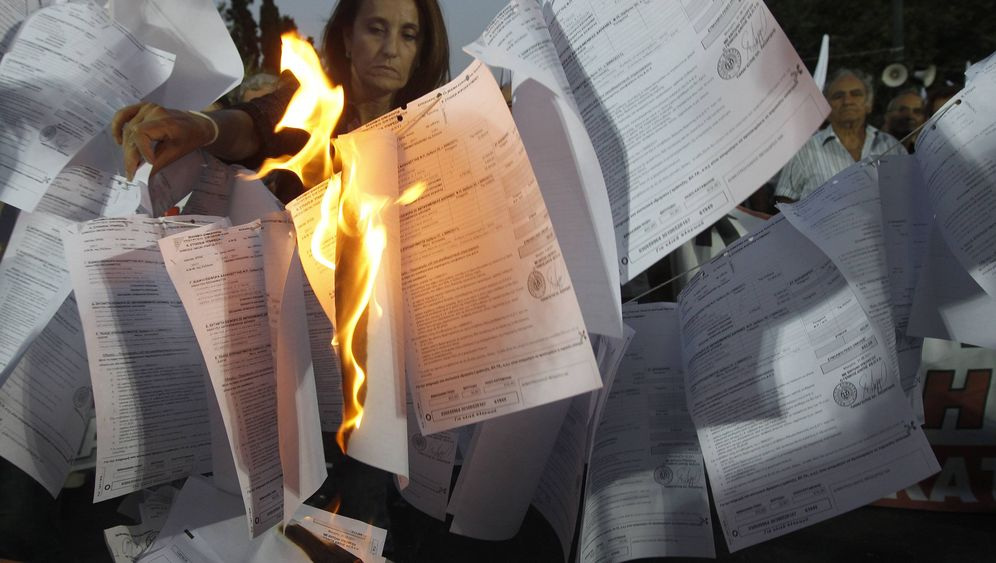 Milliardenverluste: Griechenland kämpft gegen Steuerhinterzieung